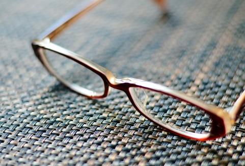 【書評】振り切る勇気 メガネを変えるJINSの挑戦(田中 仁)