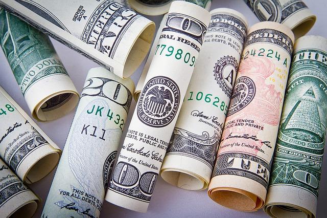 これからはキャッシュレスの時代だから、お金の使い方を見直そう