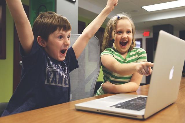 Office365 vs GoogleApps。グループウェアの2強は今後どうなる?