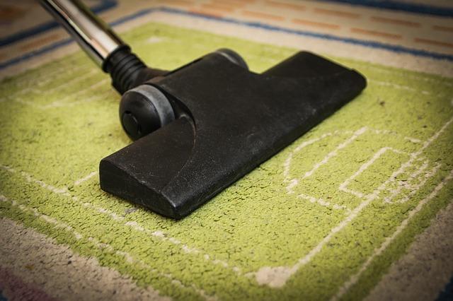 【買ってよかった】ロボット掃除機は激安でも部屋をきれいにしてくれる
